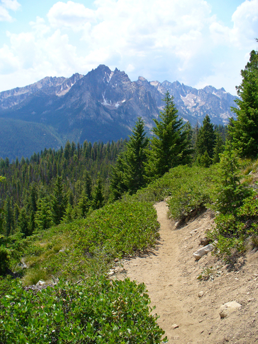 Hiking Sawtooth Mountain